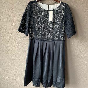 Gerard Darel size 48 lacy bottom pleated dress